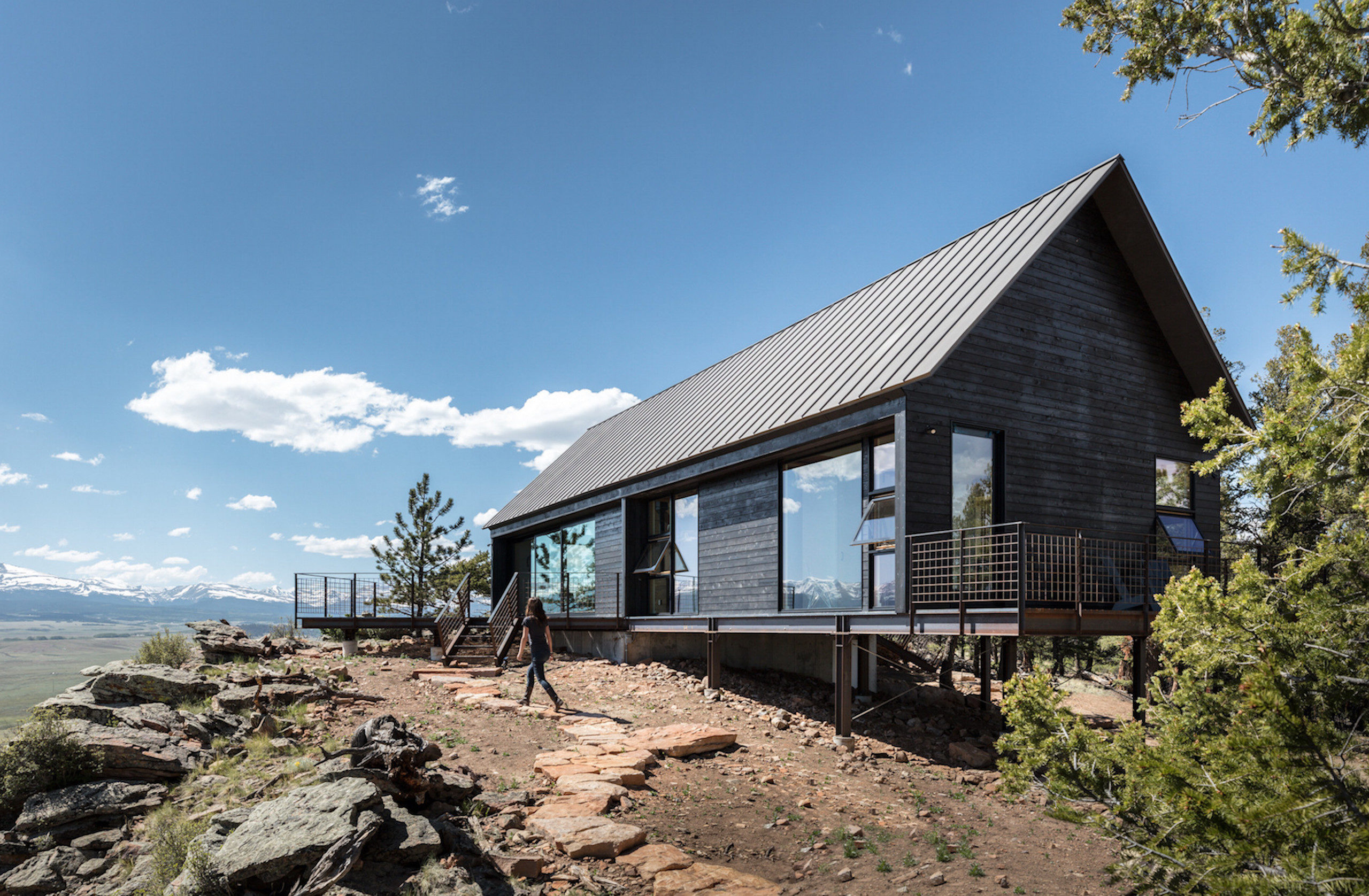 Exterior view of Big Cabin | Little Cabin by Renée del Gaudio Architecture.