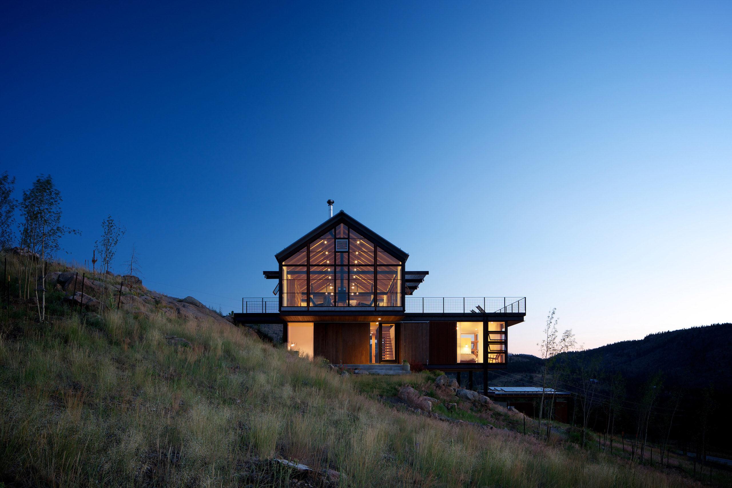 Sunshine Canyon House image 3