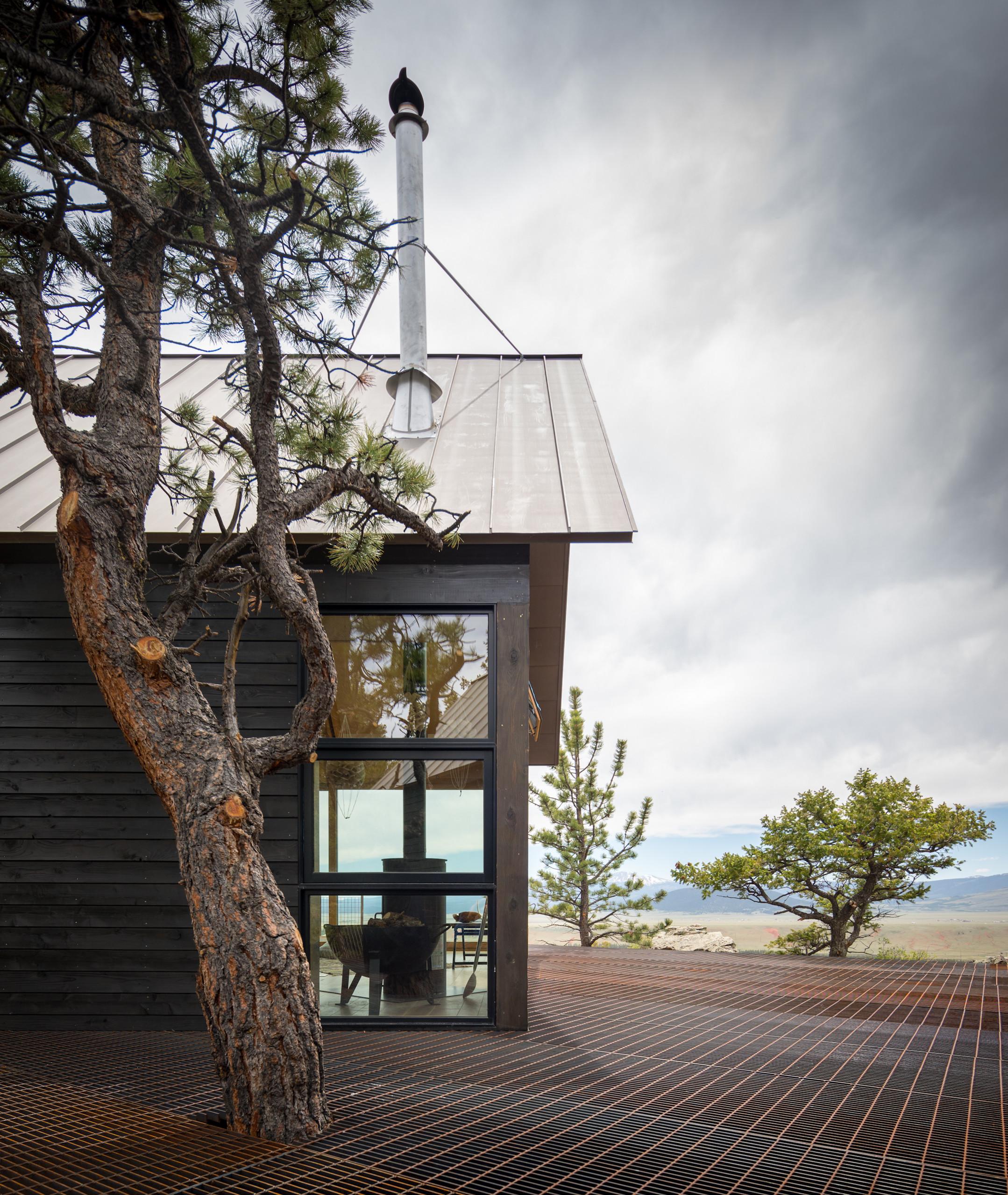 Exterior view of Big Cabin   Little Cabin by Renée del Gaudio Architecture