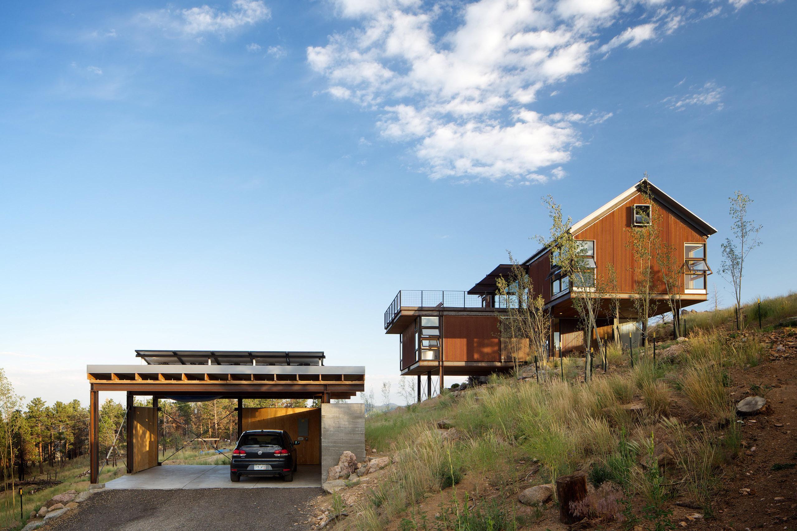 Sunshine Canyon House image 12