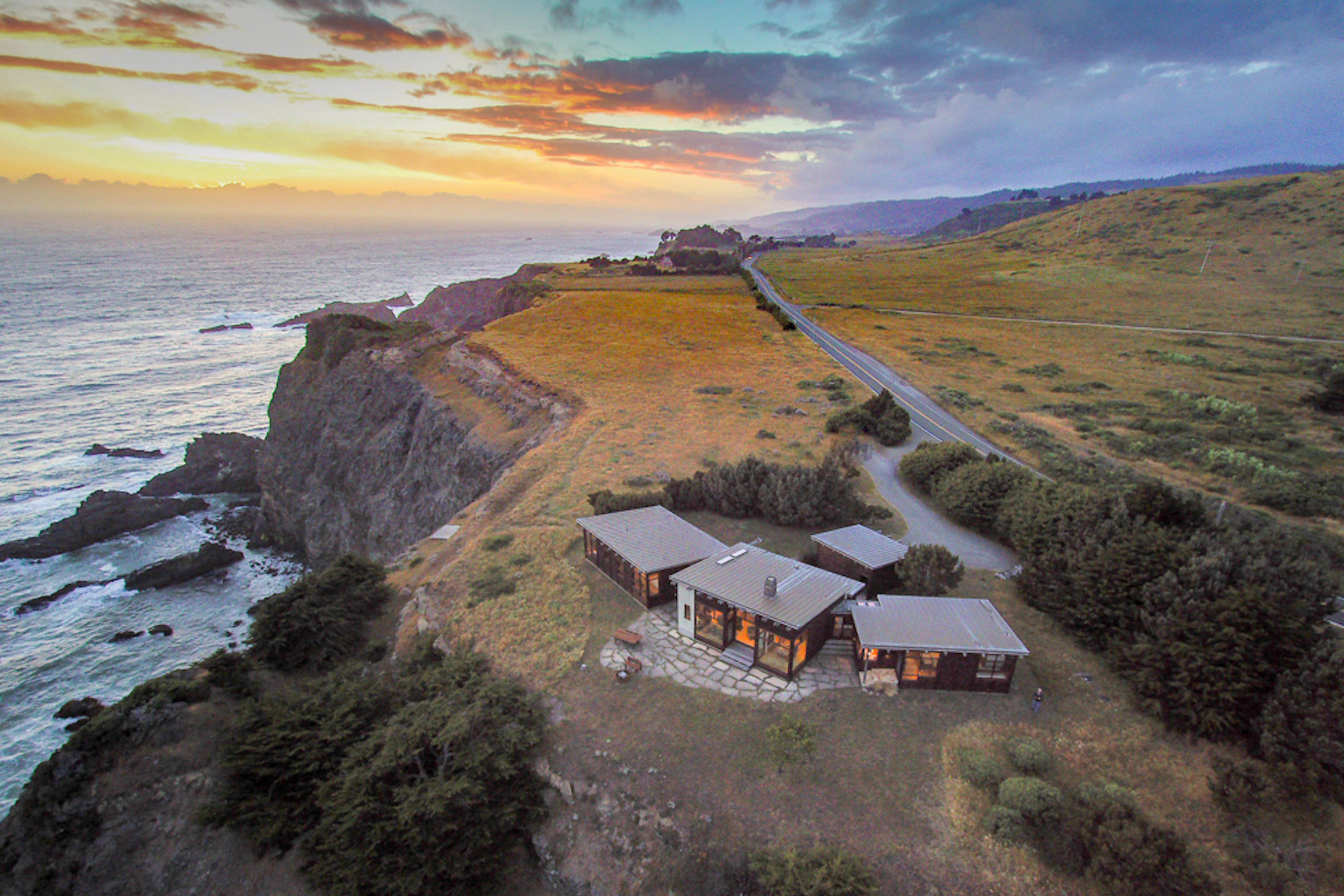 Aerial view of Elk House by Renée del Gaudio Architecture